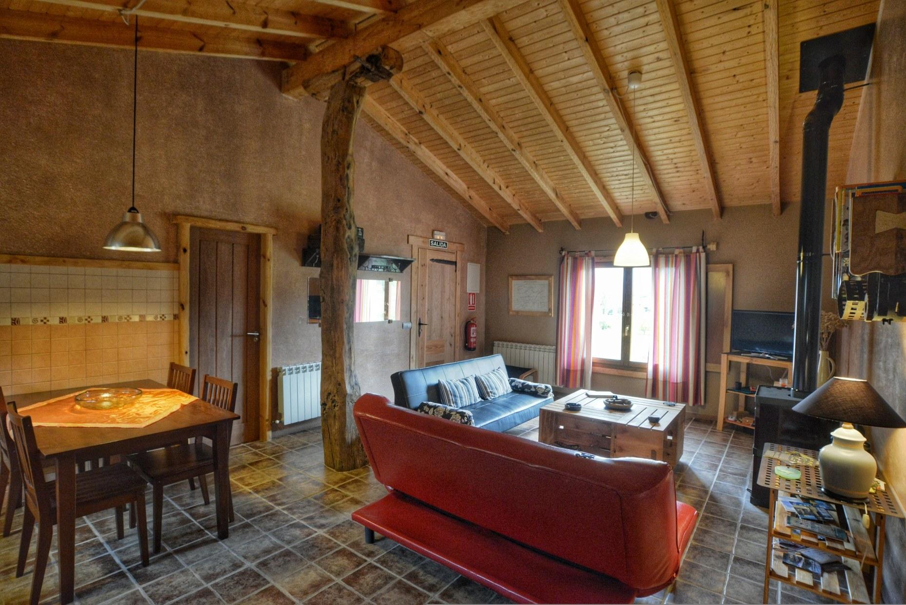 Casa rural El Encanto - El Mayulon - Amplio y luminoso salon comedor
