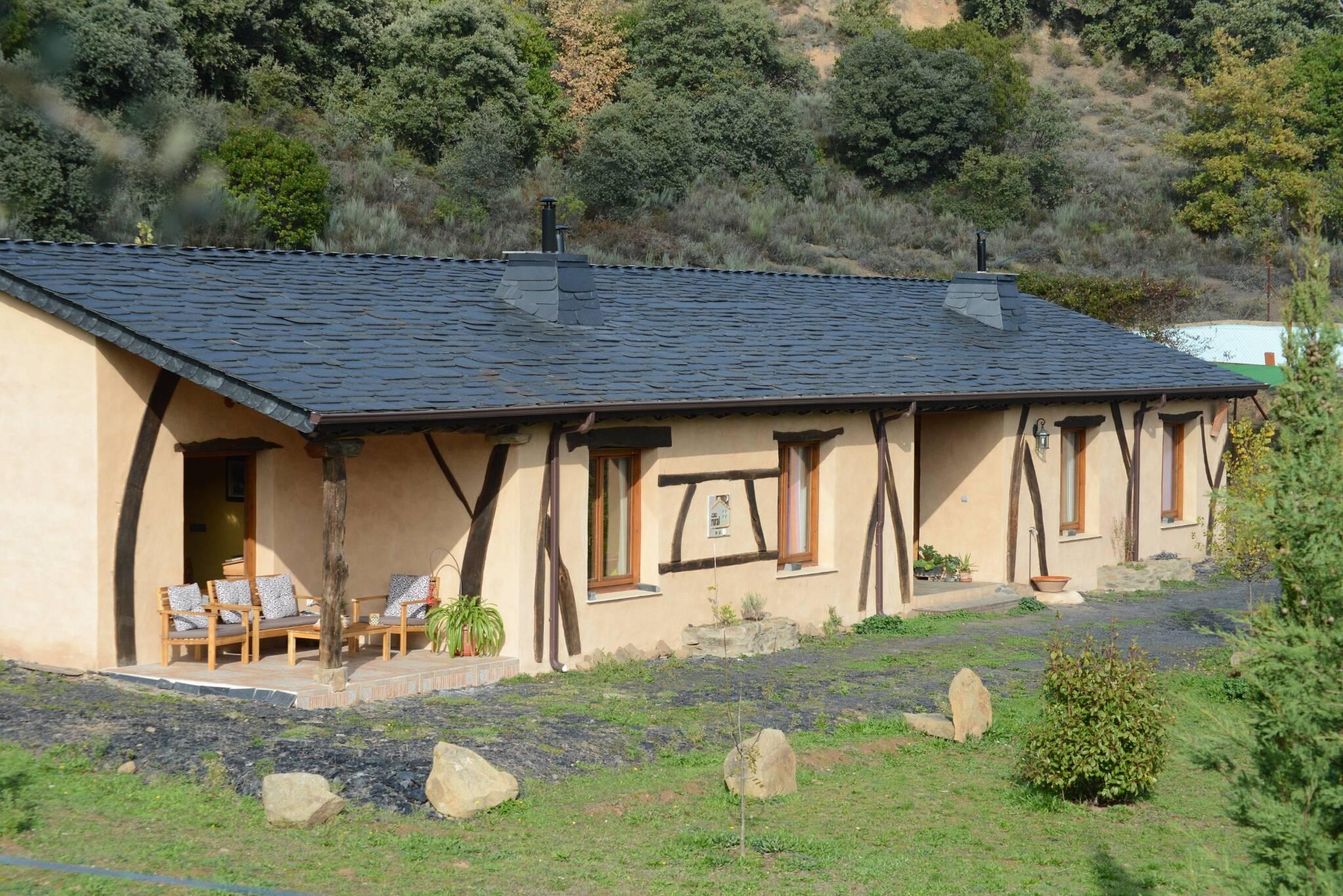 Casa rural - El Mayulon - Vista completa - Casa rural La Magia y casa rural El Encanto