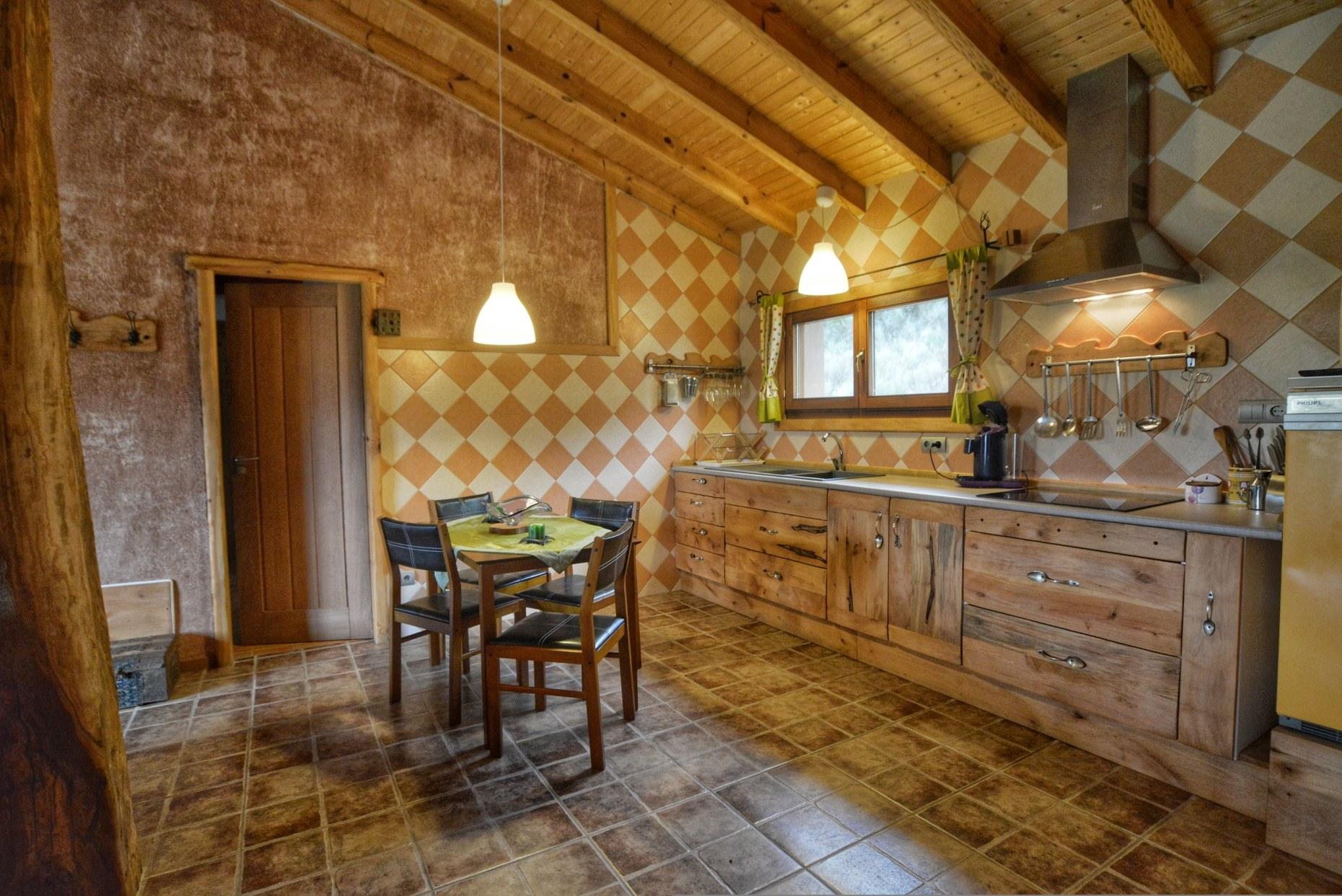 Casa rural La Magia - El Mayulon - Preciosa cocina diseñada con cariño
