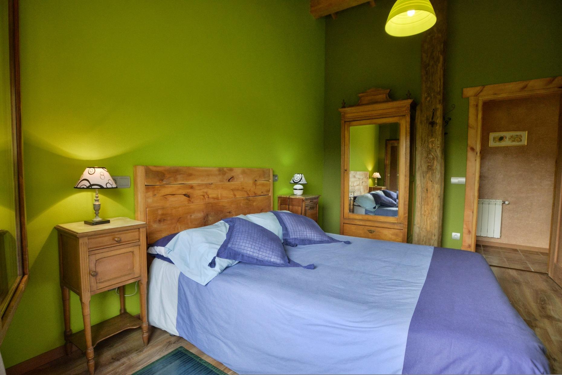 Casa rural El Encanto - El Mayulon - Acogedora habitación dormitorio verde
