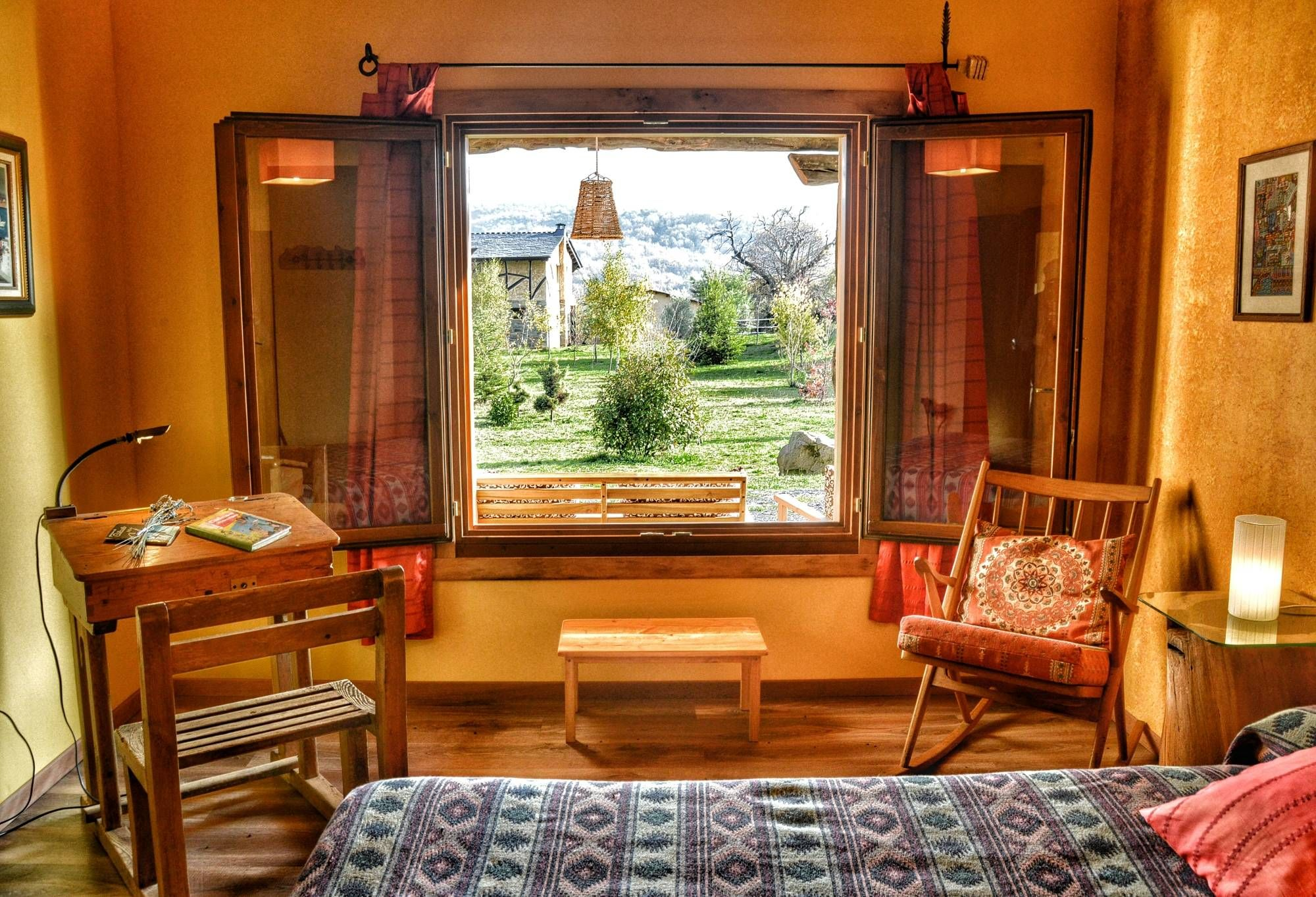 El Mayulón - Casa rural El Encanto -Casas rurales con Magia y Encanto - Una ventana al Bierzo
